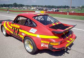 Electrodyne Porsche 934 from 3/4 rear